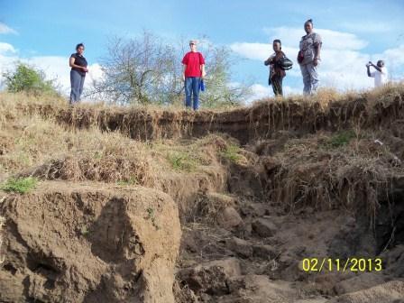 100_8334 layers of erosion Nov 13 (1)